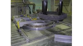 ピット式熱処理炉